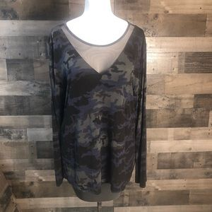 Rock & Republic XL Womens Top Camo Mesh Neckline
